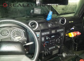 Установка магнитолы Land Rover