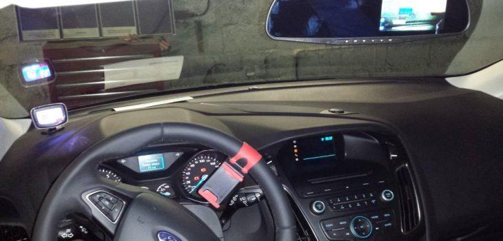 Камера заднего вида Ford Focus