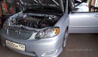 передний парктроник на Toyota Corolla