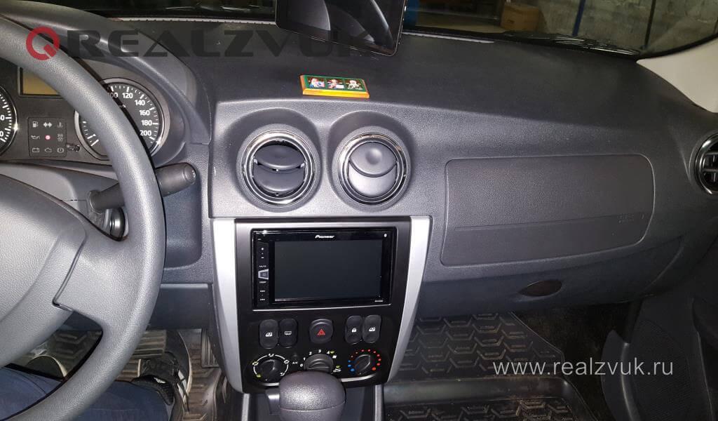 Магнитола на Nissan Almera