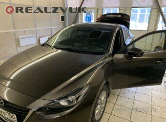 Камера заднего вида на Mazda 3