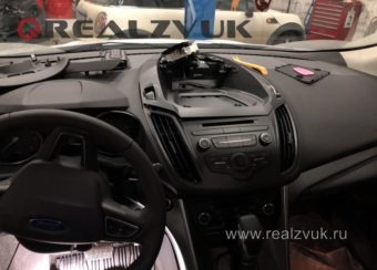 Ford Kuga android магнитола