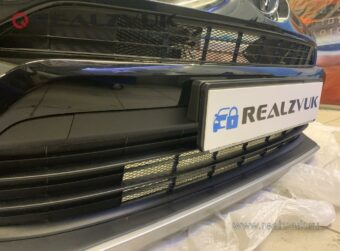 Сетка на Toyota Rav4