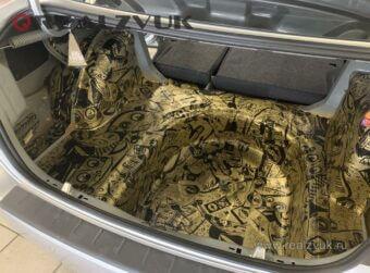 Шумка багажника Polo