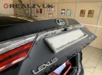 Камера заднего вида на Lexus