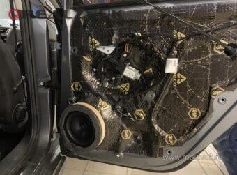 VW Jetta замена динамиков