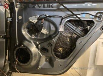 VW Jetta шумоизоляция дверей