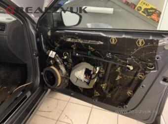 Шумоизоляция дверей и замена акустики на VW Jetta