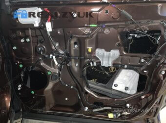 Виброизоляция дверей Lexus