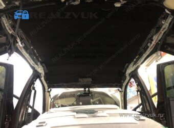 Шумоизоляция потолка Lexus RX